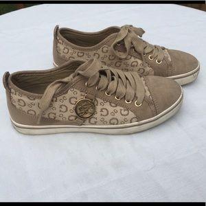 Guess brown, tan, & cream women's size 5.5 sneaker